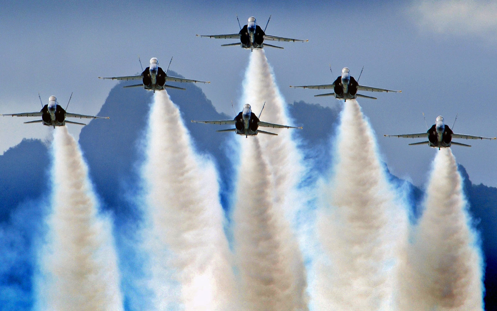 Cool Hd Blue Angels Demostration Wallpaper Download Cool