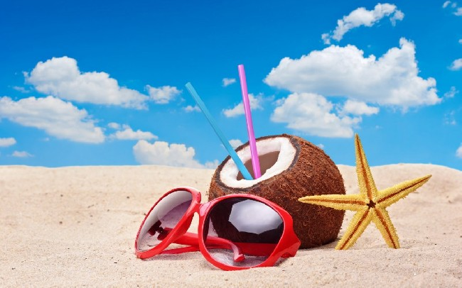Cool Summer Holiday Wallpaper