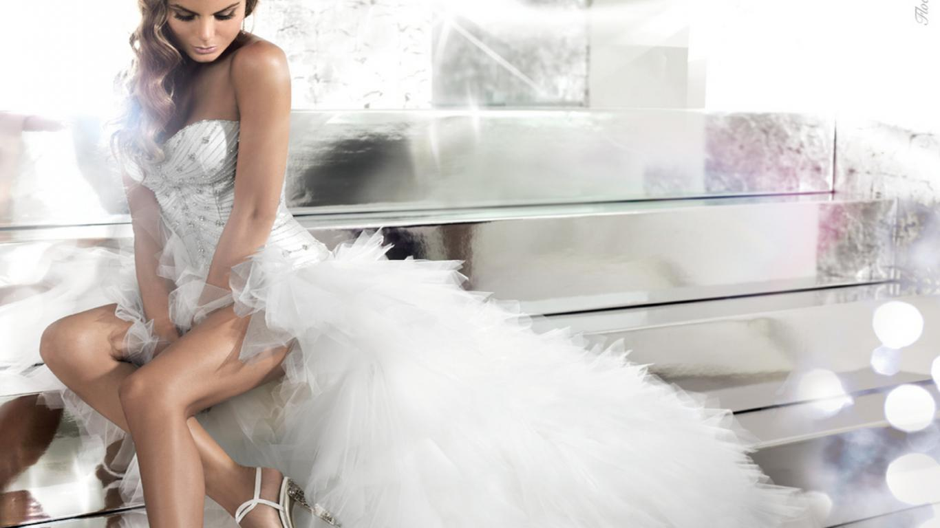 Gorgeous Woman Wedding Dress Wallpaper | Download cool HD wallpapers ...