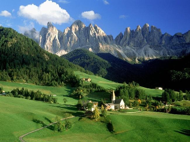 Rocky Mountains Beautiful Landscape Wallpaper Download Cool Hd