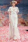 2013 Sonnet Wedding Dress Wallpaper wallpaper